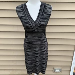 M Missoni Sz 8 Black & White Knit Sleeveless Dress